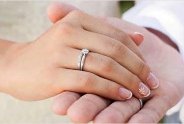 سه نکته ای که در هنگام خرید حلقه ی نامزدی باید به آن ها توجه کنید!
