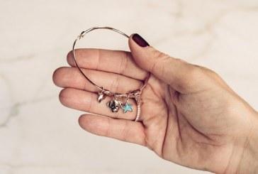 بازگشت دستبند هایی ساده اما پرطرفدار به بازار: دستبند های جادویی