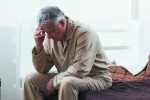 نقش افزایش سن در کم خوابی: چرا با افزایش سن سخت به خواب می رویم؟