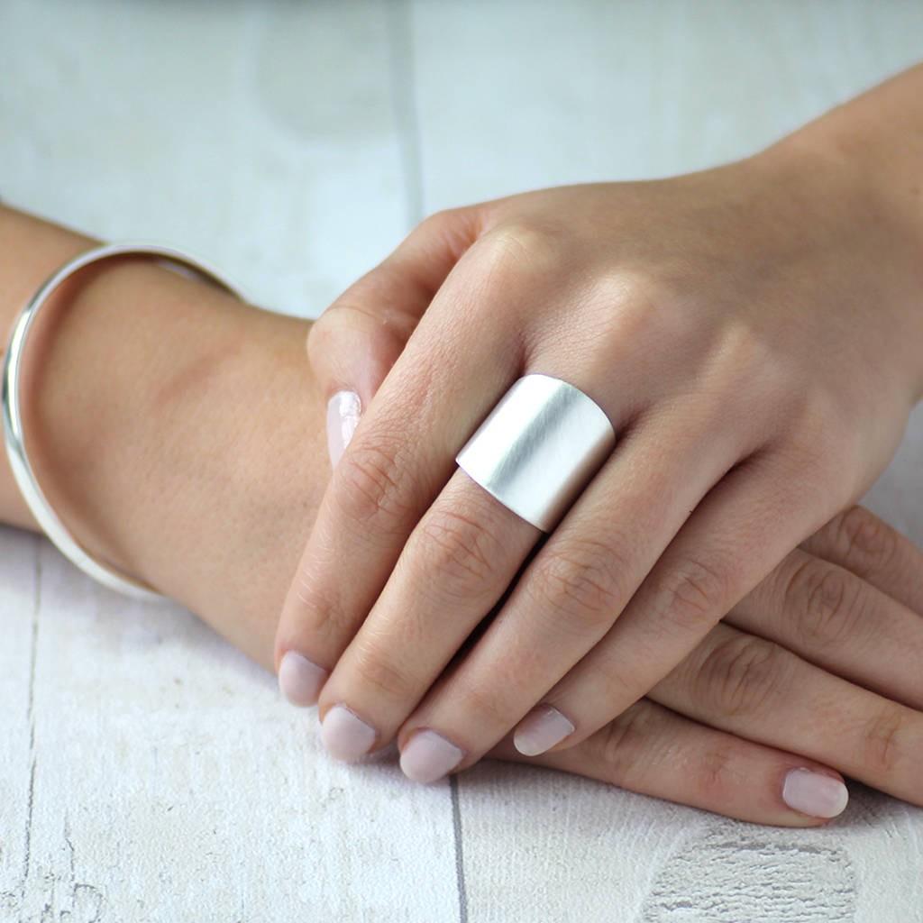 انگشتر های بزرگ