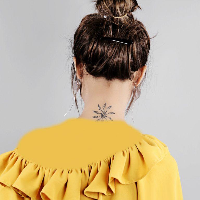 گوشواره میخی آویزی گلبرگ