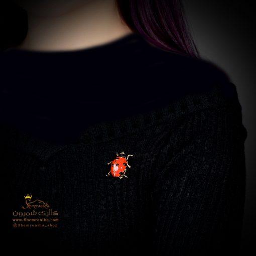 گل سینه – سنجاق سینه کفشدوزک